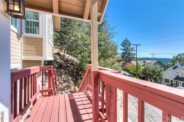 Closed | 840 Sonoma Drive Lake Arrowhead, CA 92352 7