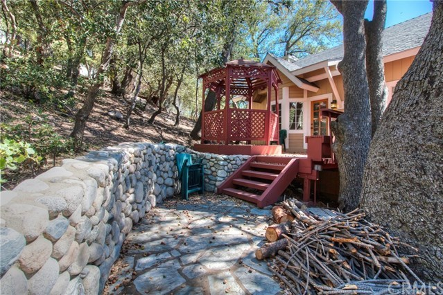 Closed | 840 Sonoma Drive Lake Arrowhead, CA 92352 46