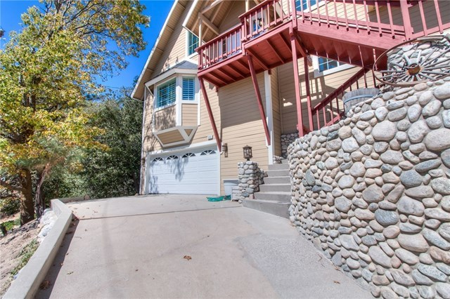 Closed | 840 Sonoma Drive Lake Arrowhead, CA 92352 2