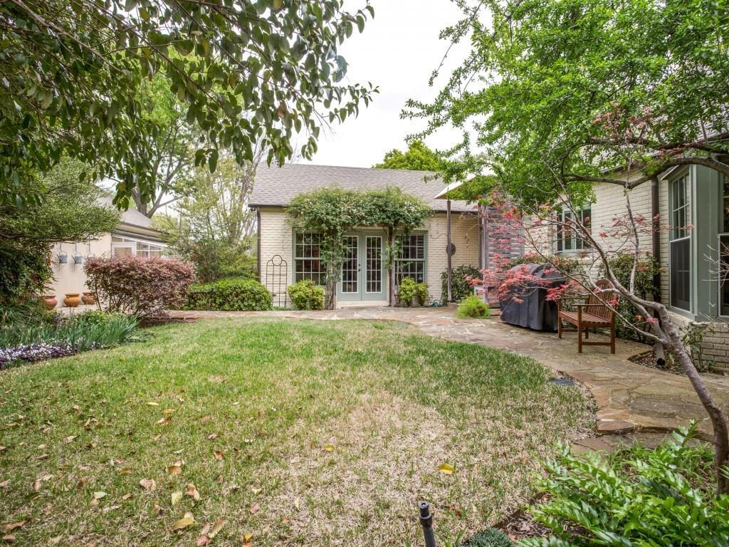 Sold Property | 6505 Lakeshore Drive Dallas, Texas 75214 31