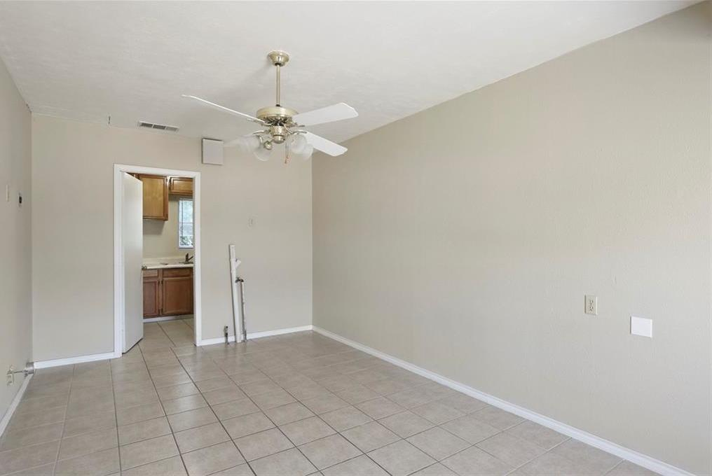 Sold Property | 1622 Small Street Grand Prairie, Texas 75050 15