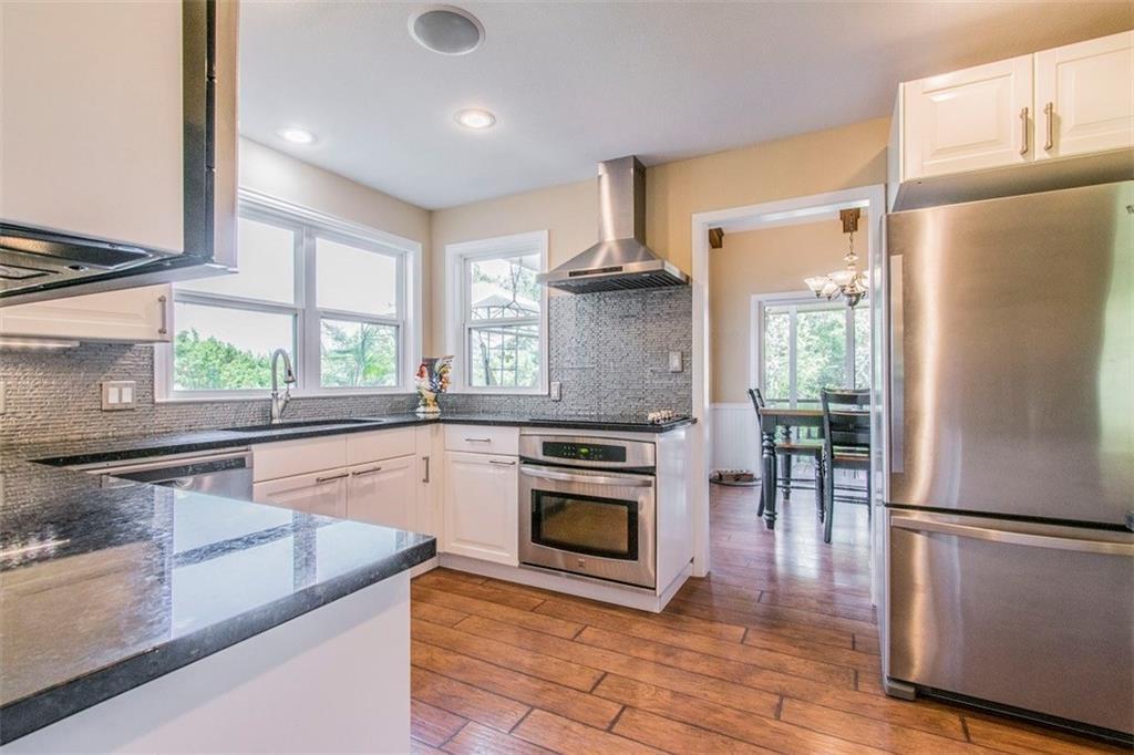 Sold Property | 105 Eagle CV Lakeway, TX 78734 3