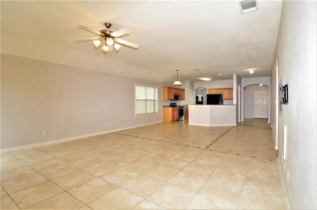 DFW Real Estate | 509 Creekside Drive Princeton, TX 75407 5
