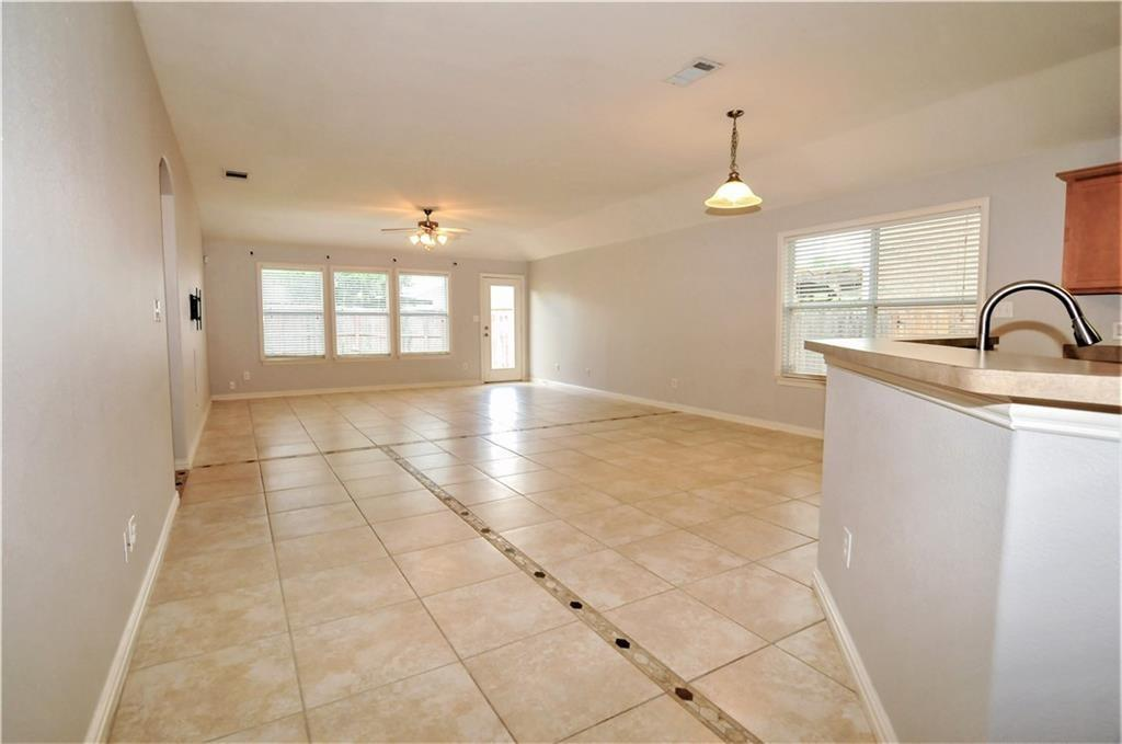 DFW Real Estate | 509 Creekside Drive Princeton, TX 75407 6
