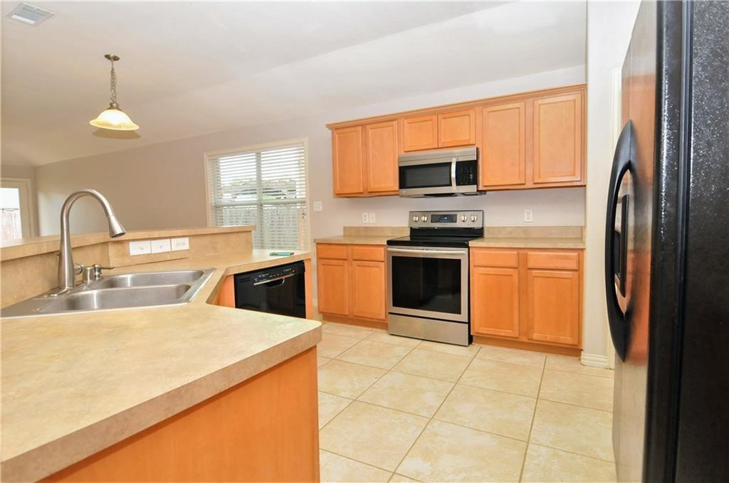 DFW Real Estate | 509 Creekside Drive Princeton, TX 75407 7