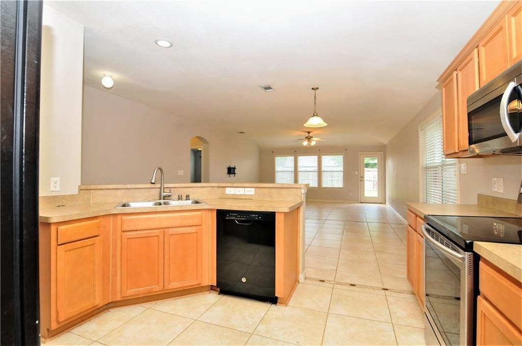 DFW Real Estate | 509 Creekside Drive Princeton, TX 75407 8