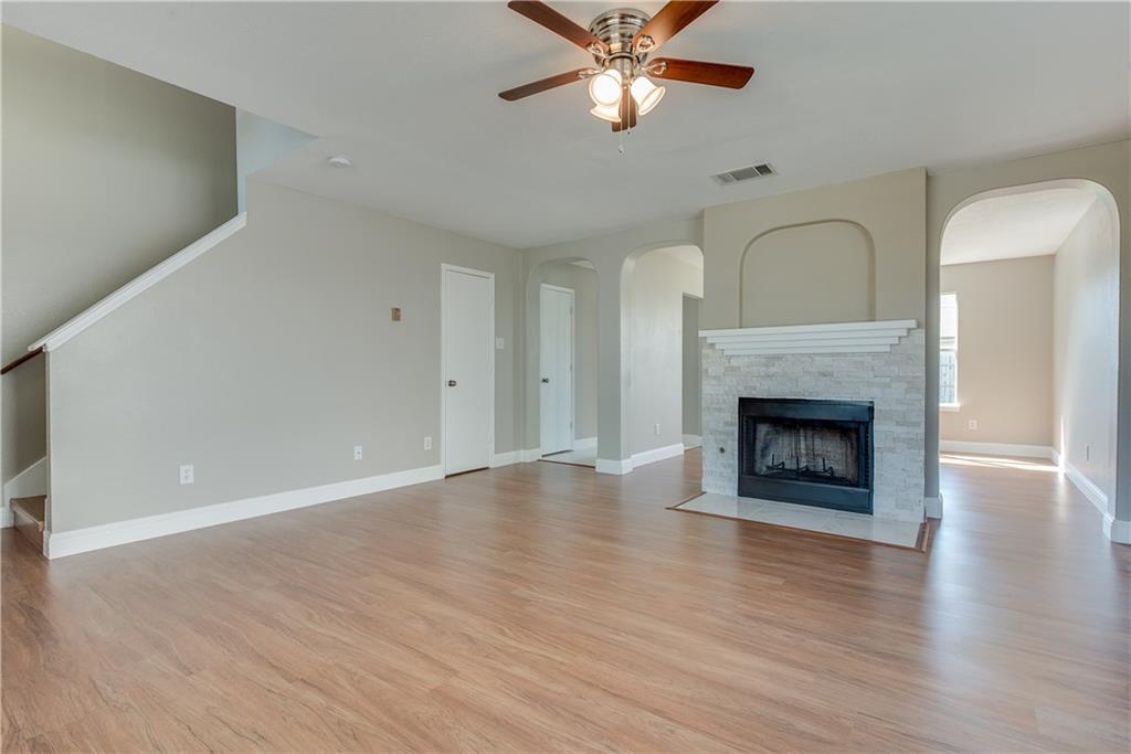 Sold Property | 652 Aqua Drive Little Elm, Texas 75068 2