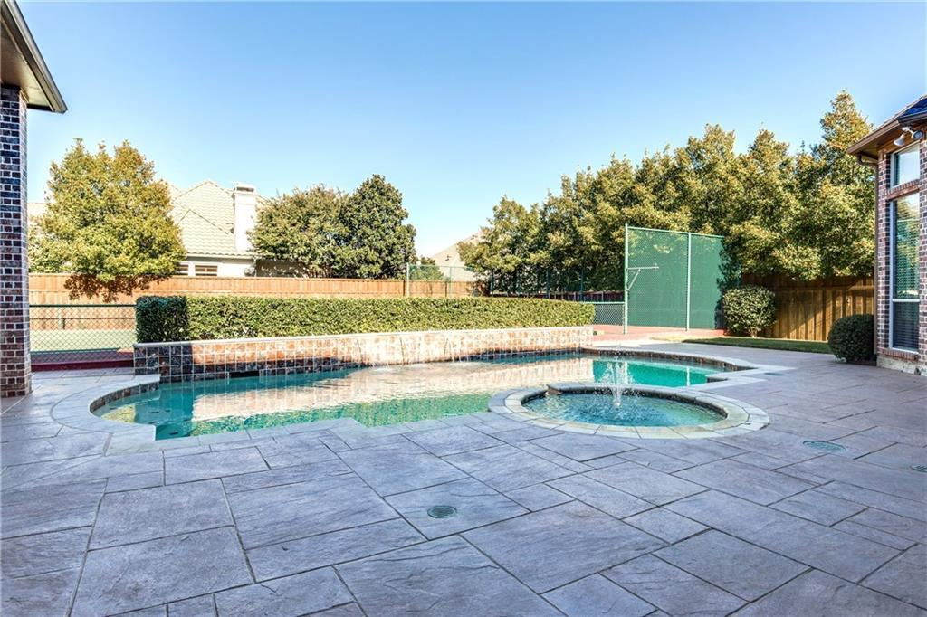 Sold Property | 5529 Roberts Drive Plano, Texas 75093 4