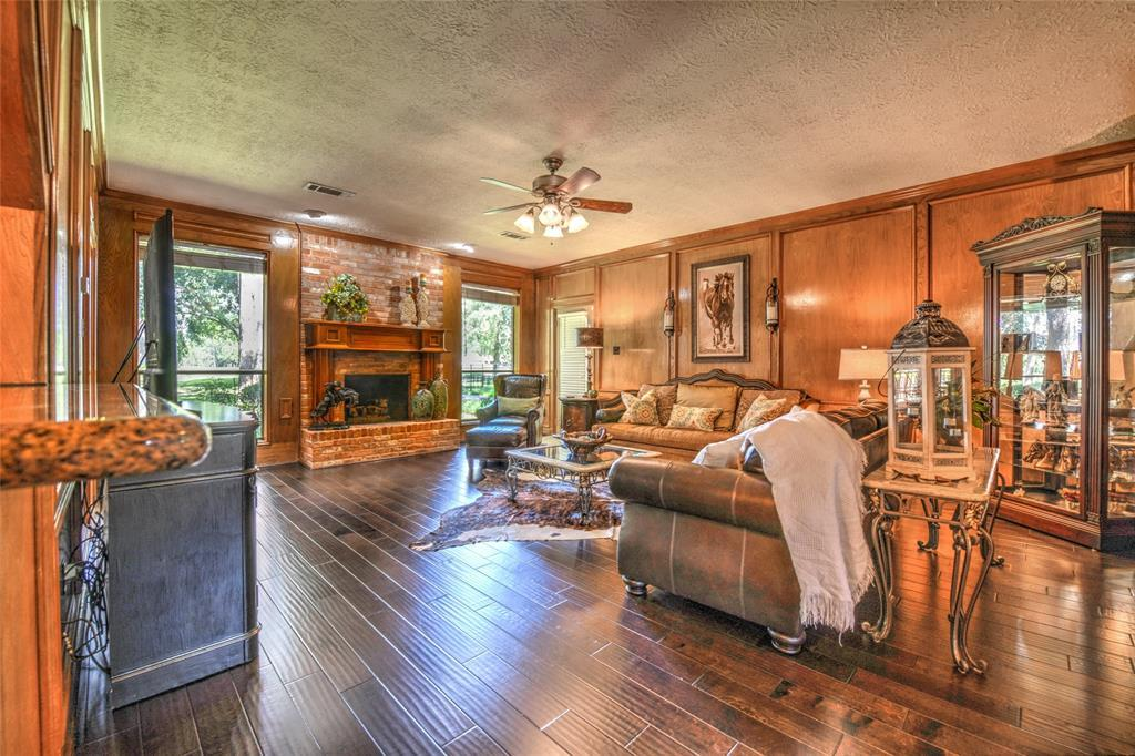 Off Market | 19023 Match Play Drive Humble, Texas 77346 12