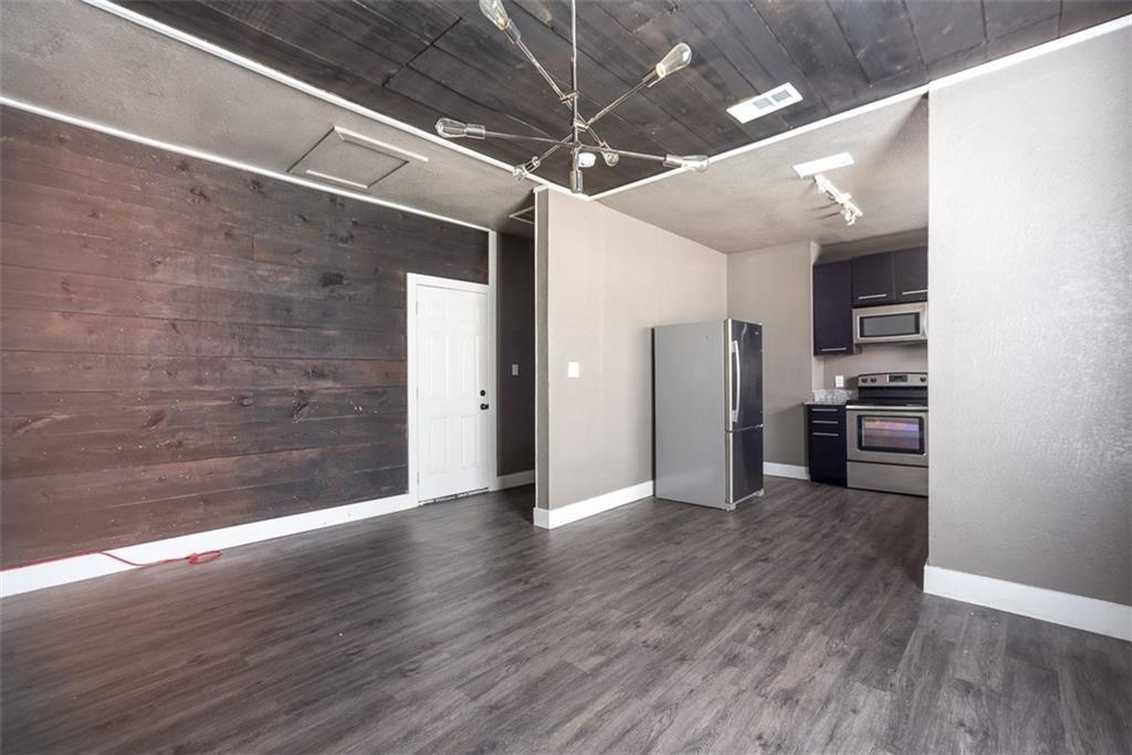 Leased | 605 S OakCliff Boulevard #3 Dallas, Texas 75208 13