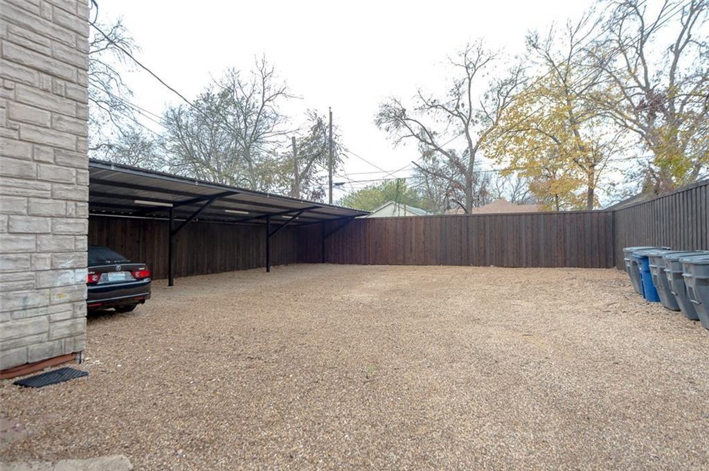 Leased | 605 S OakCliff Boulevard #3 Dallas, Texas 75208 3