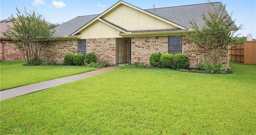 Housed Real Estate + Relocation  | 2514 Suncrest Drive Garland, Texas 75044 3
