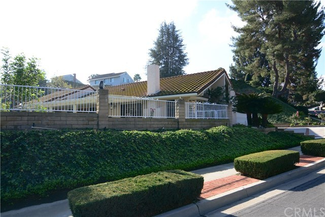 Closed | 2410 Via Mariposa  San Dimas, CA 91773 3