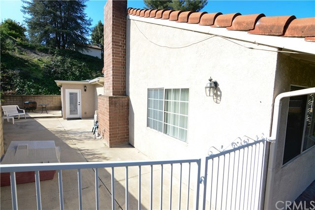 Closed | 2410 Via Mariposa  San Dimas, CA 91773 35