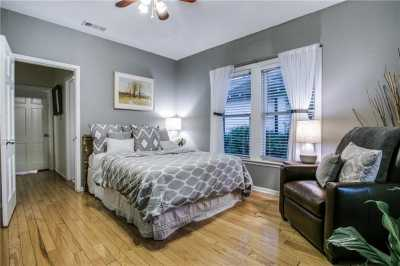 Sold Property   906 N Edgefield Avenue Dallas, Texas 75208 14
