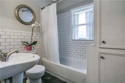 Sold Property   906 N Edgefield Avenue Dallas, Texas 75208 17