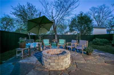 Sold Property   906 N Edgefield Avenue Dallas, Texas 75208 20