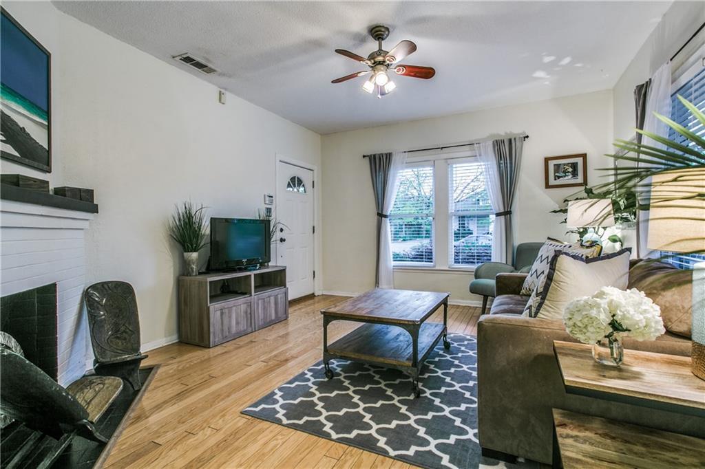 Sold Property | 906 N Edgefield Avenue Dallas, Texas 75208 5