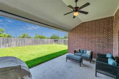 Closed | 3418 Norwich Gardens Lane Fulshear, Texas 77441 34