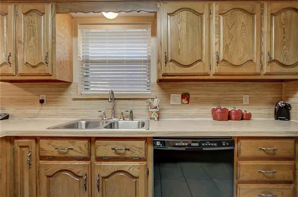 Sold Property | 805 Meadow Creek  Allen, Texas 75002 10