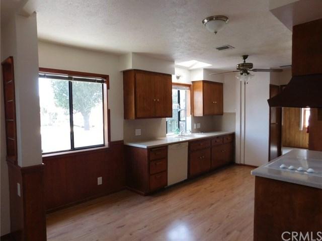 Closed | 8403 Cravell Avenue Pico Rivera, CA 90660 15