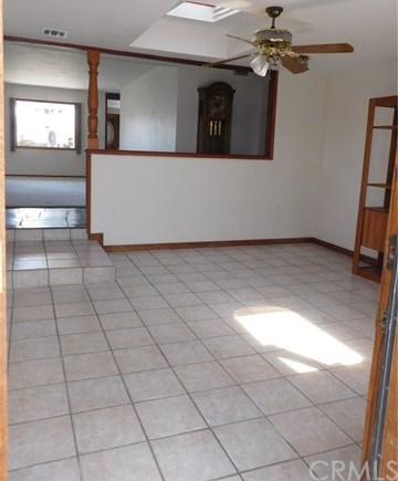 Closed | 8403 Cravell Avenue Pico Rivera, CA 90660 17