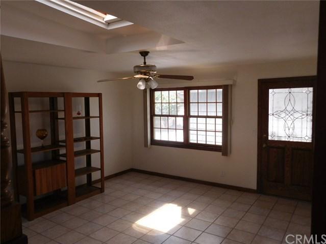 Closed | 8403 Cravell Avenue Pico Rivera, CA 90660 18
