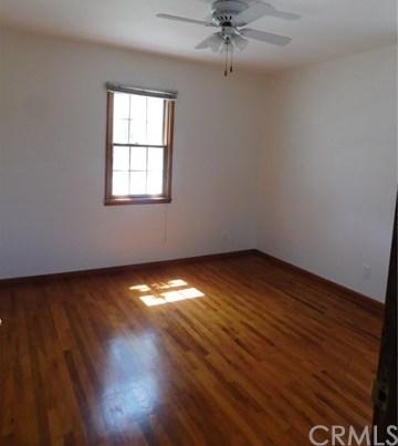 Closed | 8403 Cravell Avenue Pico Rivera, CA 90660 25