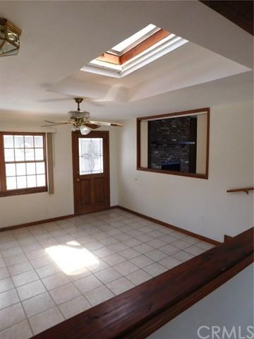 Closed | 8403 Cravell Avenue Pico Rivera, CA 90660 30