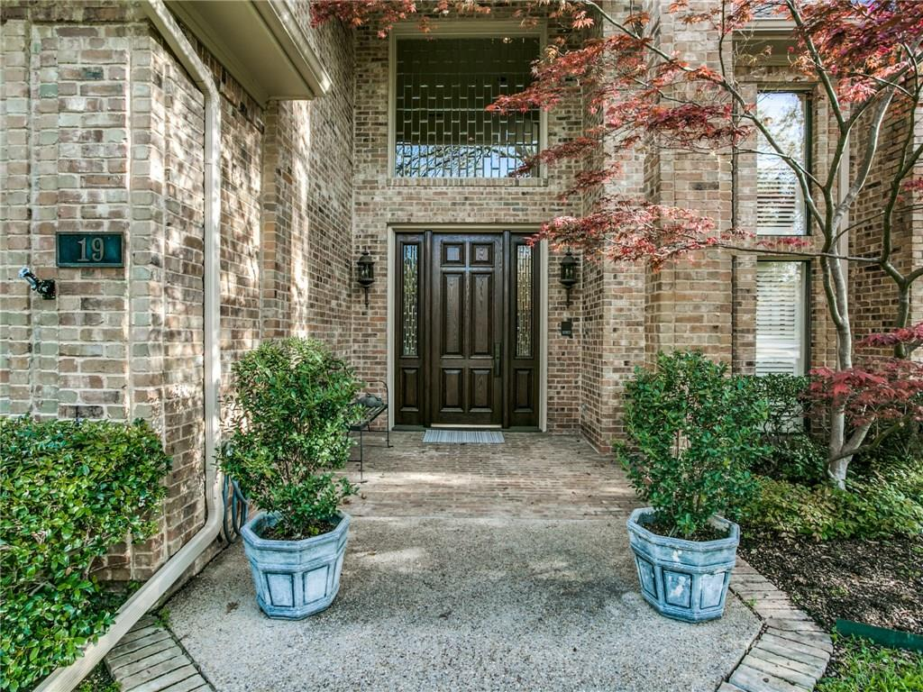 Sold Property | 19 Grovenor Court Dallas, Texas 75225 5