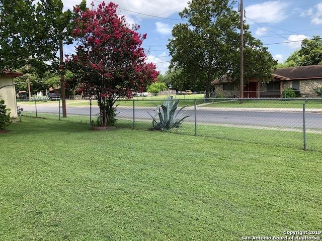 Active | 1021 Burton Ave  San Antonio, TX 78221 12
