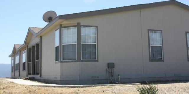 Closed | 39876 San Ignacio Road Sage, CA 92544 1