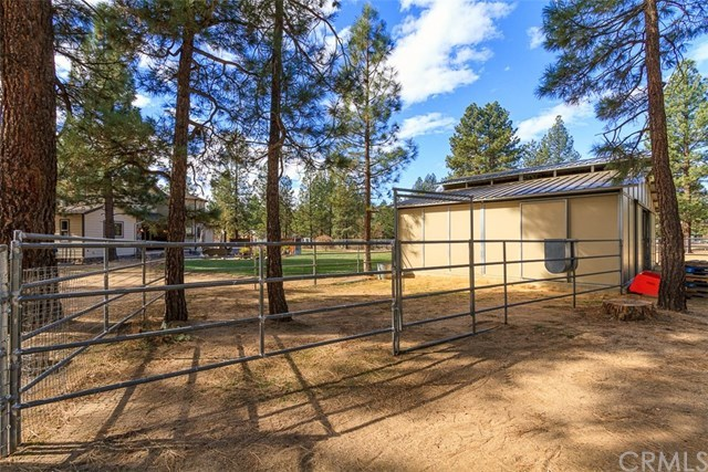 Closed | 60414 Table Mountain Road Mountain Center, CA 92561 28