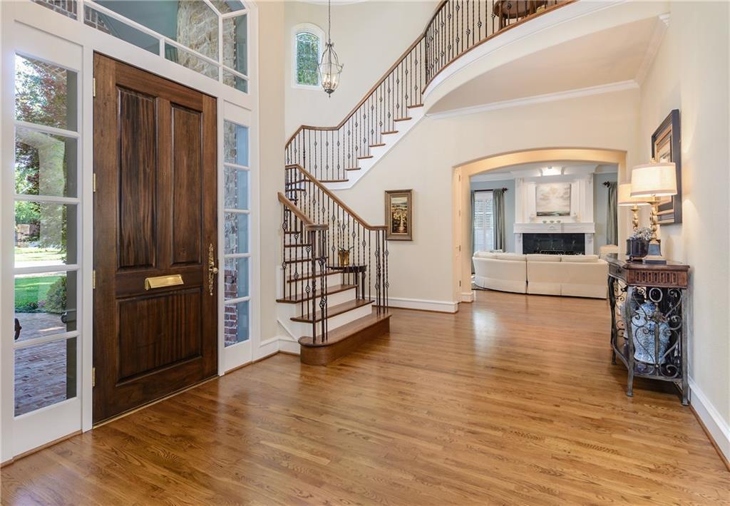 Sold Property | 6476 Mimosa Lane Dallas, Texas 75230 5