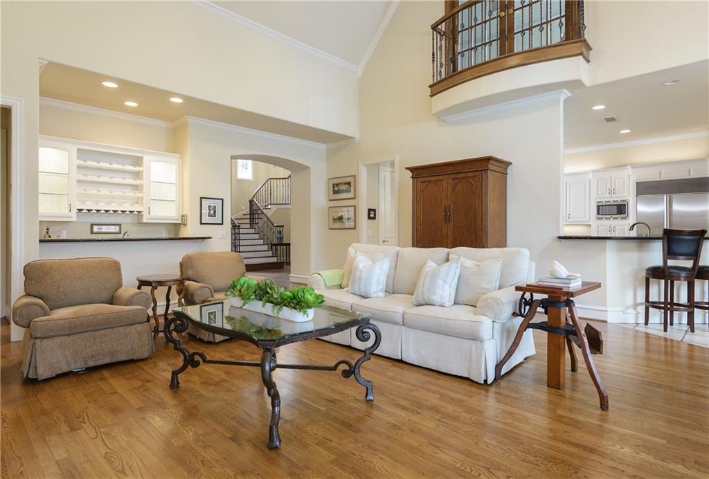 Sold Property | 6476 Mimosa Lane Dallas, Texas 75230 7