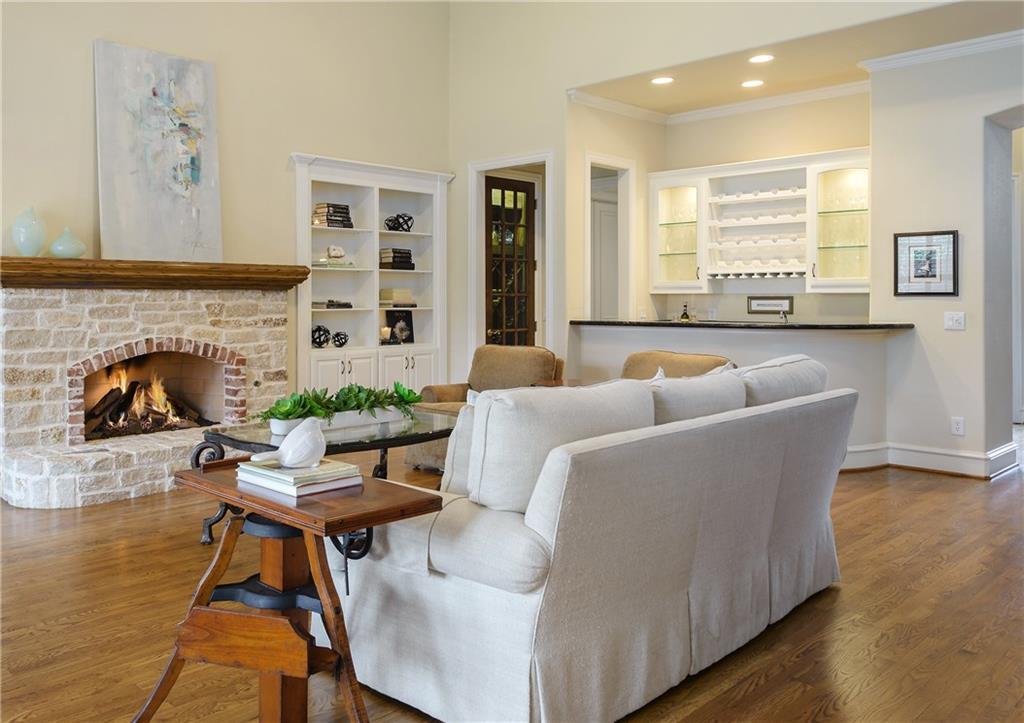 Sold Property | 6476 Mimosa Lane Dallas, Texas 75230 10