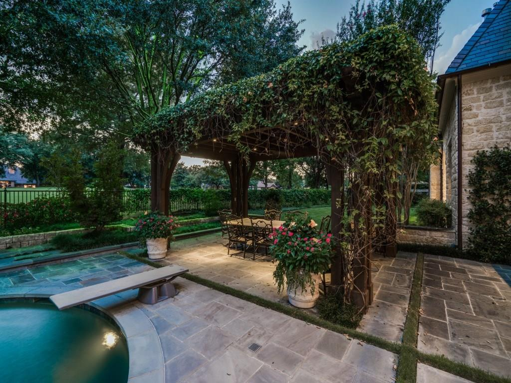 Sold Property | 43 Abbey Woods Lane Dallas, Texas 75248 31