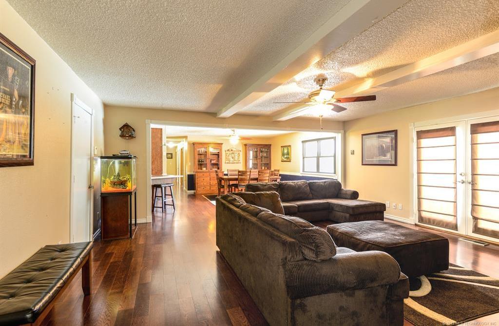 Off Market | 8366 E Winchester Avenue Claremore, Oklahoma 74019 2