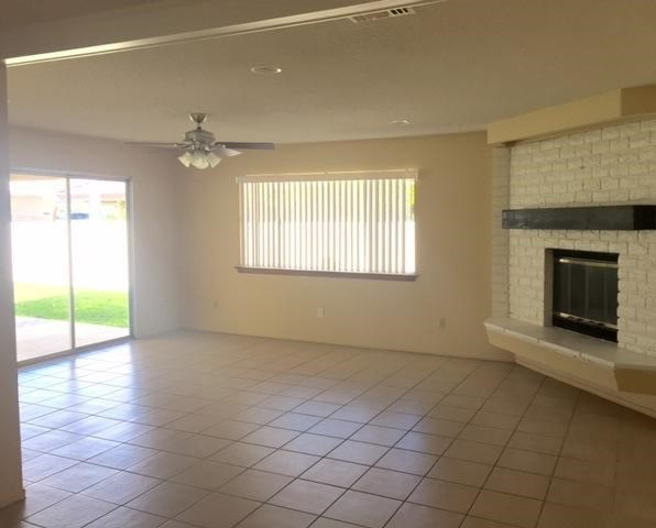 Closed | 13730 Spring Valley Parkway Victorville, CA 92395 3