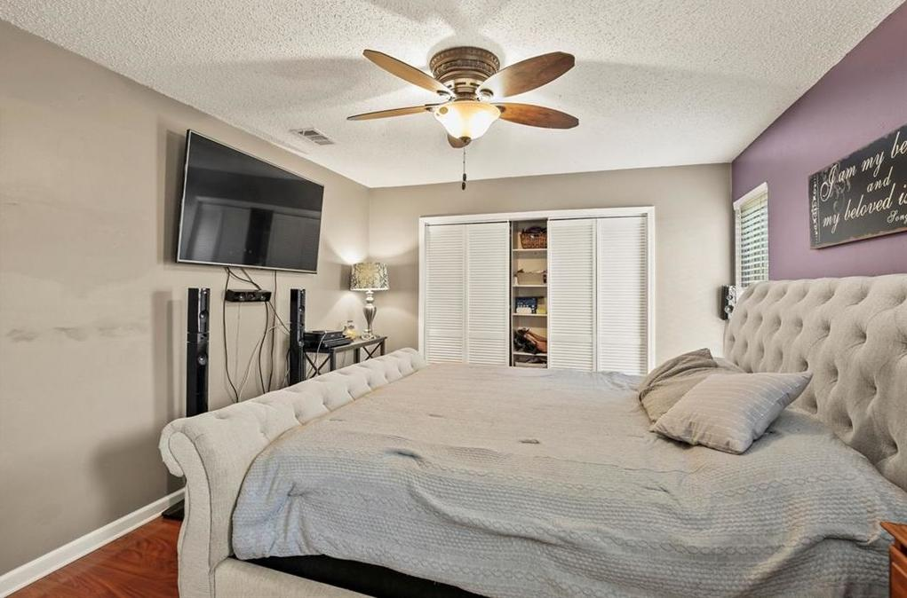 DFW Real Estate | 2713 Holy Cross Lane Garland, Texas 75044 15