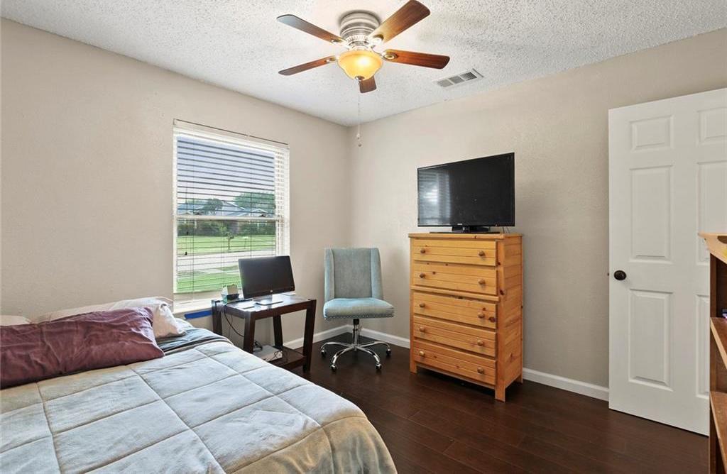 DFW Real Estate | 2713 Holy Cross Lane Garland, Texas 75044 17