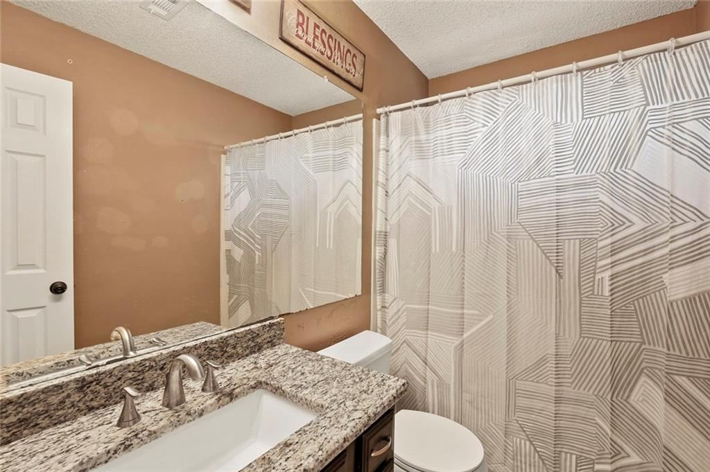 DFW Real Estate | 2713 Holy Cross Lane Garland, Texas 75044 18