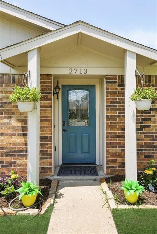 DFW Real Estate | 2713 Holy Cross Lane Garland, Texas 75044 4