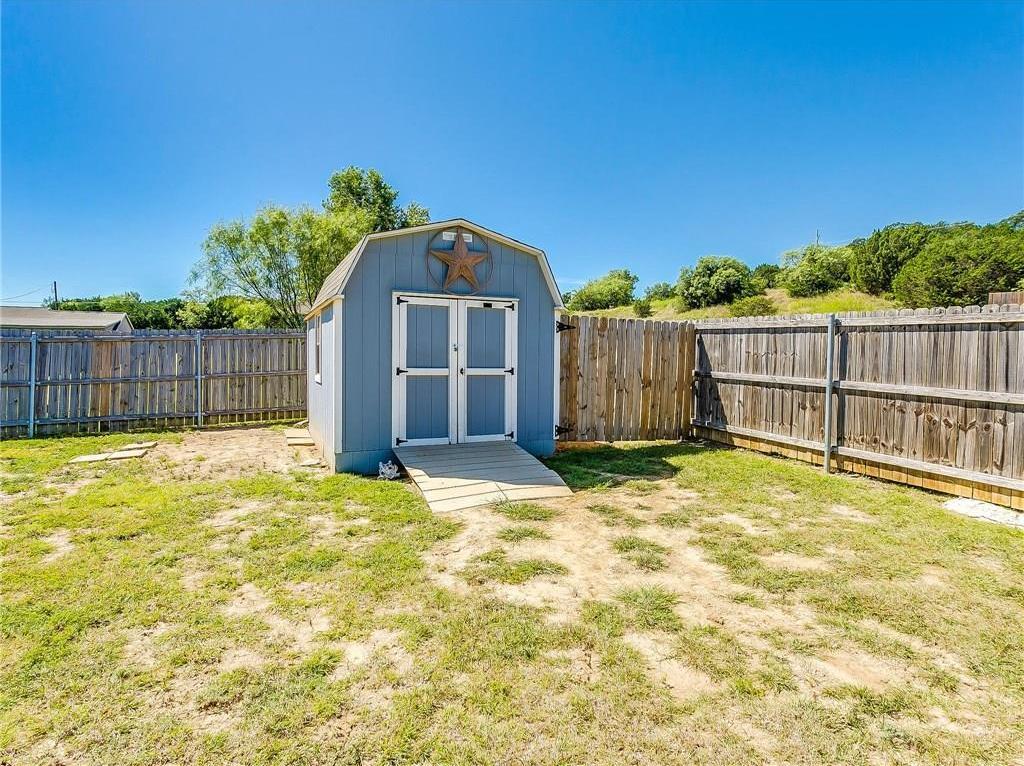 Sold Property | 1307 Shawnee Trail Granbury, TX 76048 32
