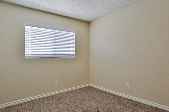 Closed   25245 Brodiaea Avenue Moreno Valley, CA 92553 16