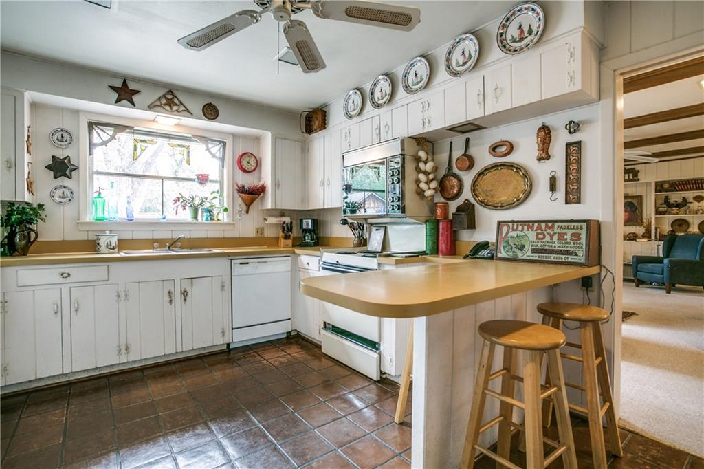 Sold Property | 11024 Snow White Drive Dallas, Texas 75229 9