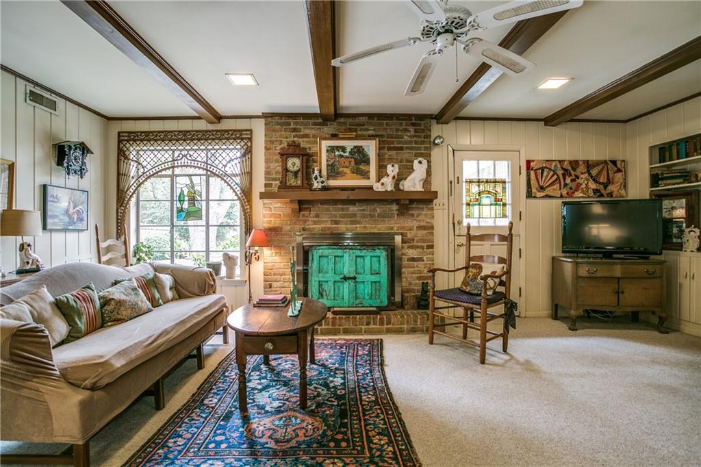 Sold Property | 11024 Snow White Drive Dallas, Texas 75229 13