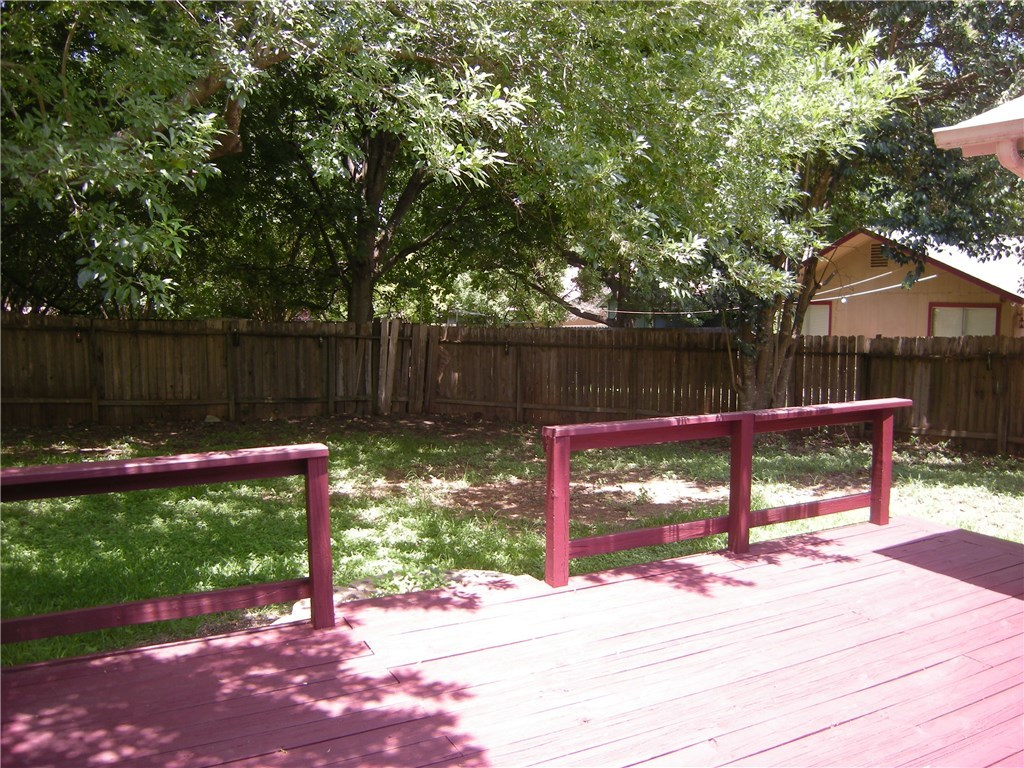 Leased | 2508 Sweet Clover Drive Austin, TX 78745 2