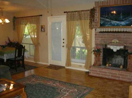 Sold Property | 7016 Crosswood Drive Austin, TX 78745 1