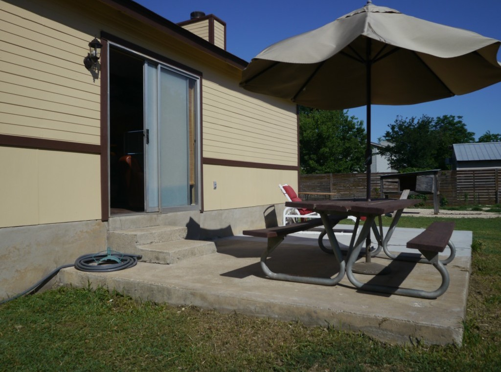 Sold Property   1703 Saracen Road Austin, TX 78733 4